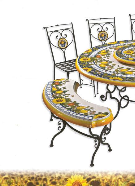 Tavoli Da Giardino Decorati.Tavoli Da Giardino In Ceramica Deruta Deruta Megastore Ceramiche